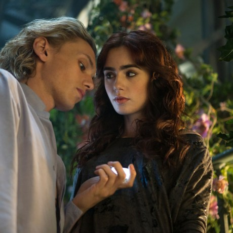 mortal instruments jamie campbell and lily collins