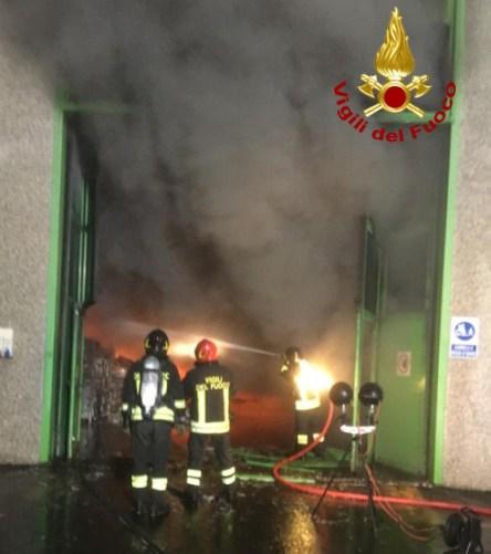 incendio-smaltimento-rifiuti-foiano-4