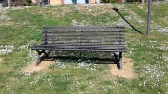 Panchina al parco di Villa Lovari di Castiglion Fiorentino