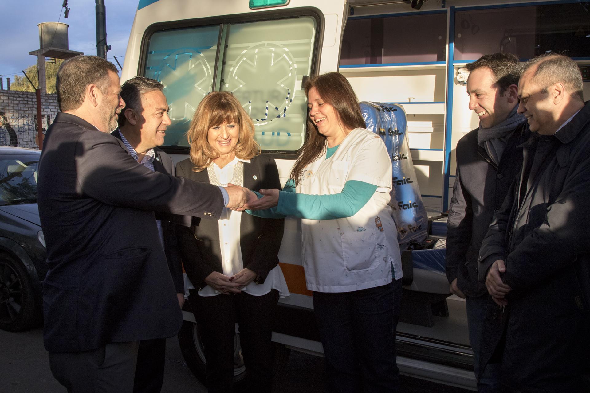 09-08-2018 COFESA Mendoza - entrega ambulancia