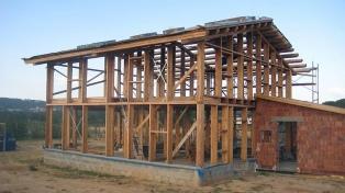 La provincia confía en tener la madera necesaria para hacer viviendas sociales