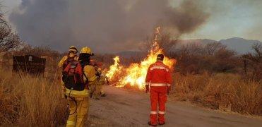Fuego en Cordoba Argentina (Capilla del monte)