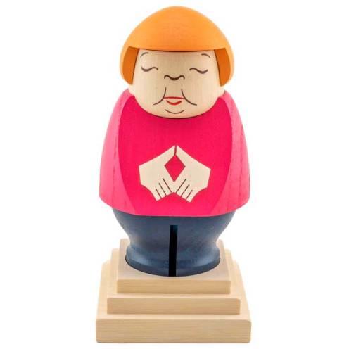 Merkel-en-madera 2