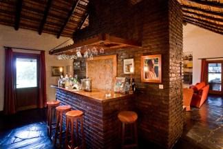 Malalcue lodge bar