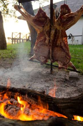"Traditional ""asado"" at Malalcue"