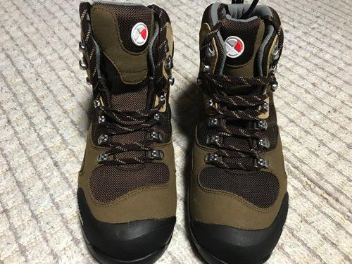 キャラバン 登山靴