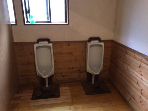 槍ヶ岳山荘 トイレ