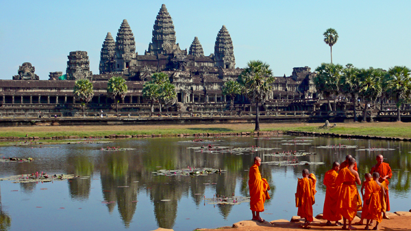 beautiful Angkor Wat, the world's largest religious temple