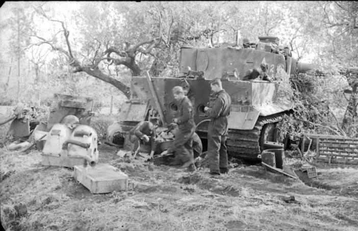 Italy near Nettuno, a Tiger I of schwere Panzer-Abteilung 508