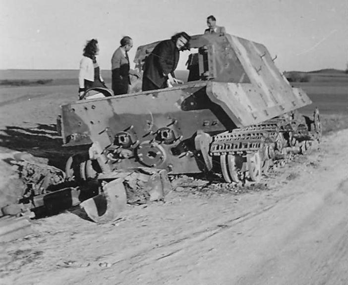 Jagdtiger number 233 of the schwere Panzerjager Abteilung 653