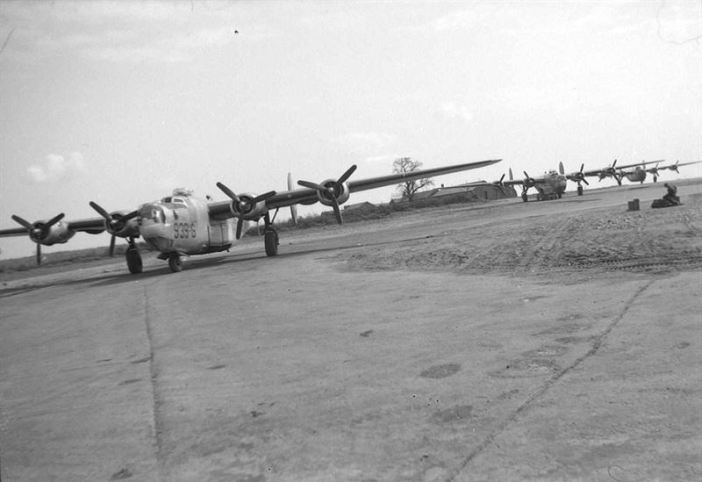 Ford-built B-24J assigned to the 755th Bombardment Squadron, 458th Bombardment Group