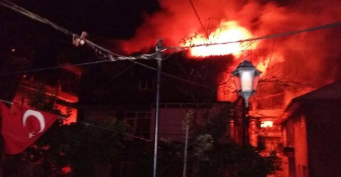 Arhavi'de Korkutan Yangın
