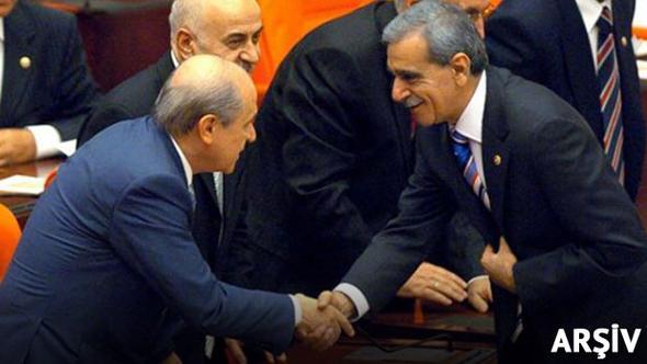 Ahmet Türk'ten Devlet Bahçeli'ye Teşekkür Telefonu