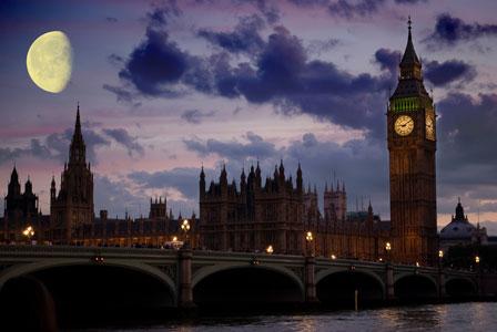 London Night - Vampire Lurking
