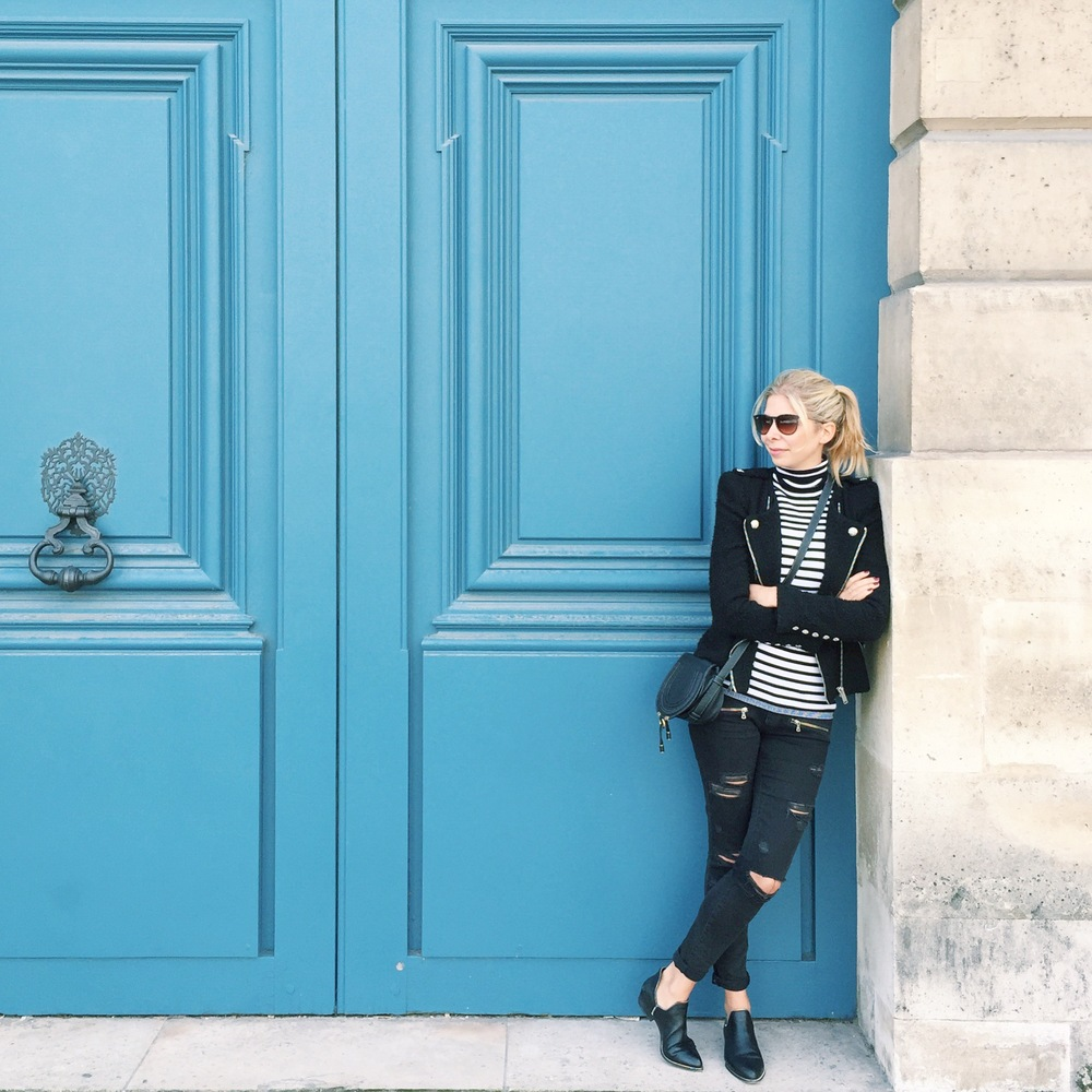Wearing paige denim, sandro jumper, Senso shoes, Chloe bag, Zara jacket, stripes in Paris.