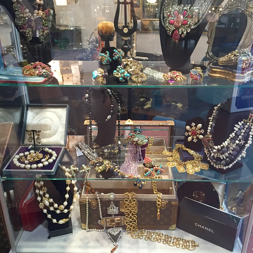 Vintage jewellery at Mercanteinfiera
