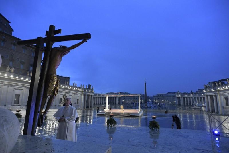 Papa Francesco proclamate durante il Momento straordinario di preghiera in tempo di epidemia