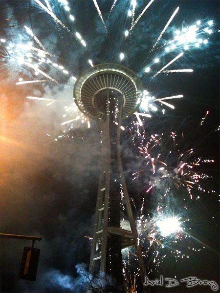 New Years 2011 Fireworks at the Space Needle