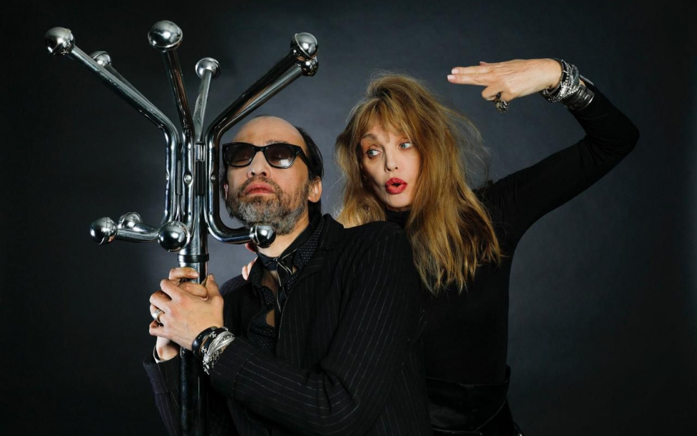Arielle & Nicolas à la rédaction du journal Le Parisien
