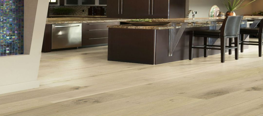 Very Light Flooring Pairs Well With Darker Details As In The Kitchen Above For Families Children Hardwood Floors Tend To Show Less Dirt Than