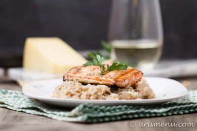 Risotto has never been easier or more delicious than with parmesan, truffle oil and grilled salmon!