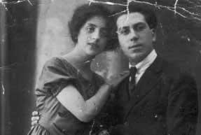 Junto con su socio Elvira Angella (4 abril 1922)