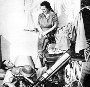 Fibber_McGee_and_Molly_closet_photo_1948