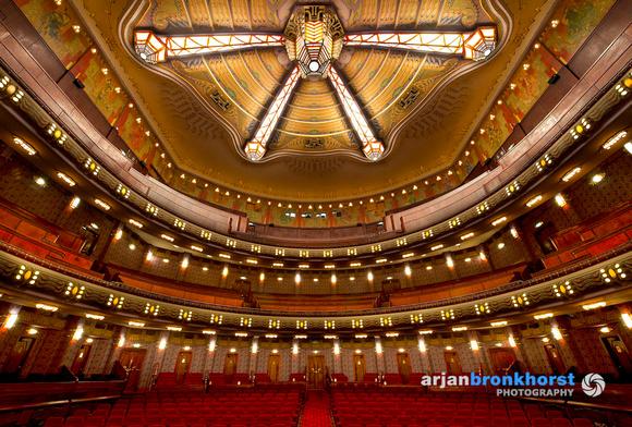 Grote Zaal Theater Tuschinski, foto Arjan Bronkhorst