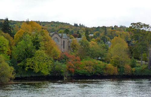 Perth: Autumn Colours on the Tay