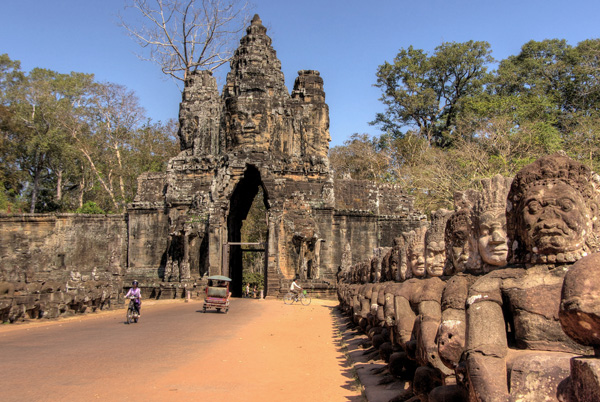 Angkor Thom - entrance gate