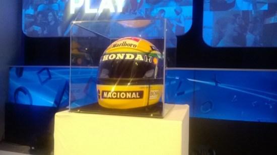 BGS 2013: Ayrton Senna vai voltar correr como piloto jogável em Gran Turismo 6