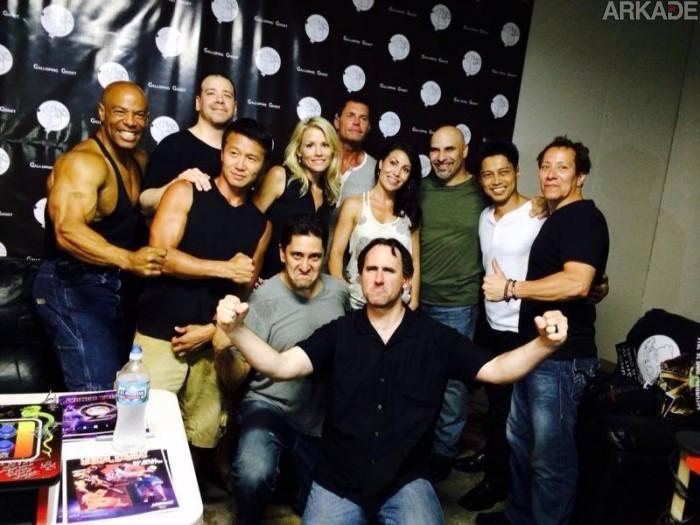 """Fatality de nostalgia: elenco """"klássico"""" de Mortal Kombat se reúne depois de 20 anos"""