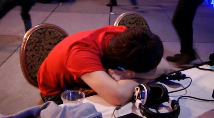Jogador canta vitória antes do tempo e acaba perdendo vaga na final do Evo 2015