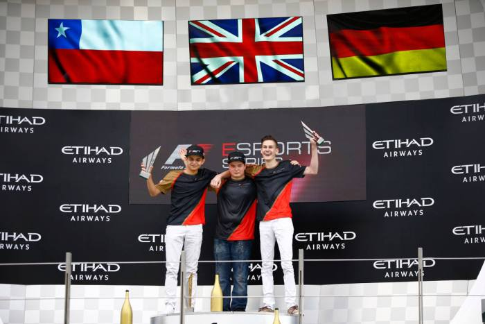 """A temporada 2018 da F1 eSports Series terá a presença das equipes e """"mundial de construtores"""""""