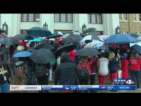 VIDEO: LRSD supporters hold walk-in protest