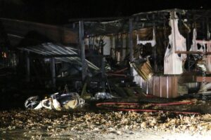 1 Mobile Home Destroyed, 2 Damaged By Fire Out Malvern Highway – GARLAND COUNTY