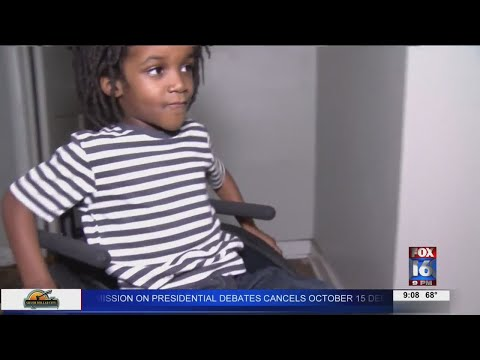 Watch: 5 year old in Little Rock walks for the first time since car accident in June