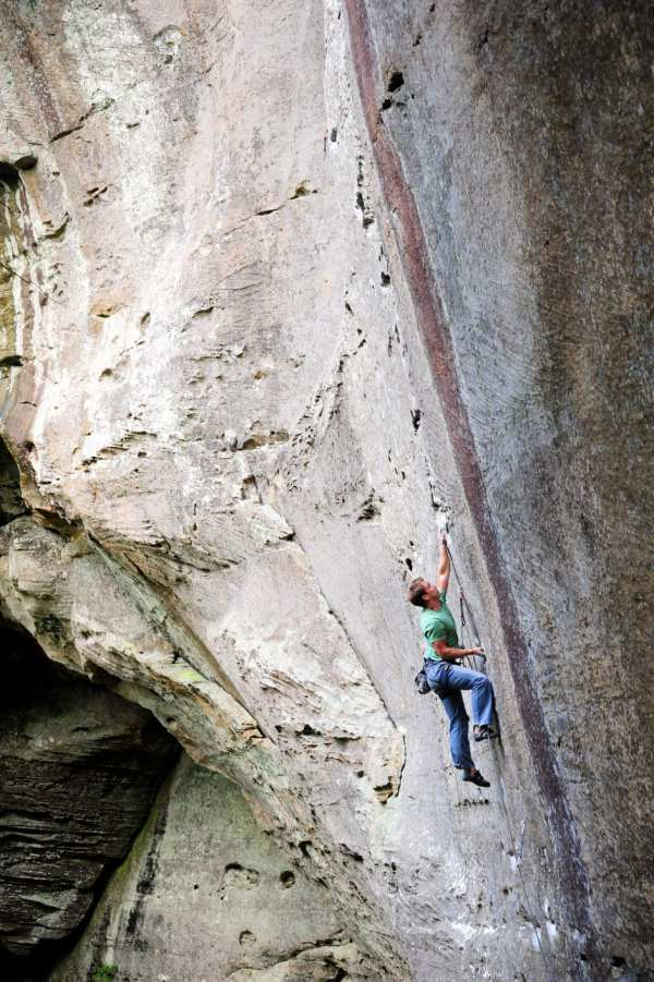 America' 100 Sport Climbing Routes - Magazine Rock Mountaineering
