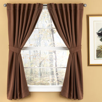 Ejemplos de cortinas Back Out  Arkiplus