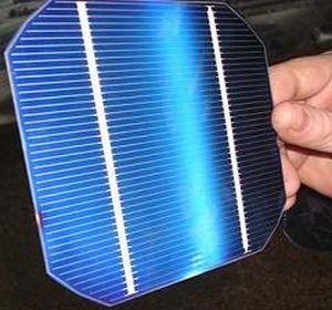 Célula solar de silicio