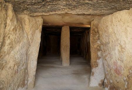 cueva-de-menga-neolitico