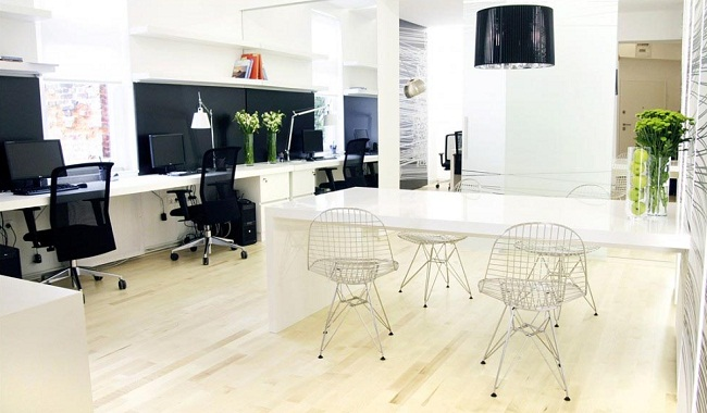 Oficinas modernas creativas y peque as for Ideas oficinas pequenas
