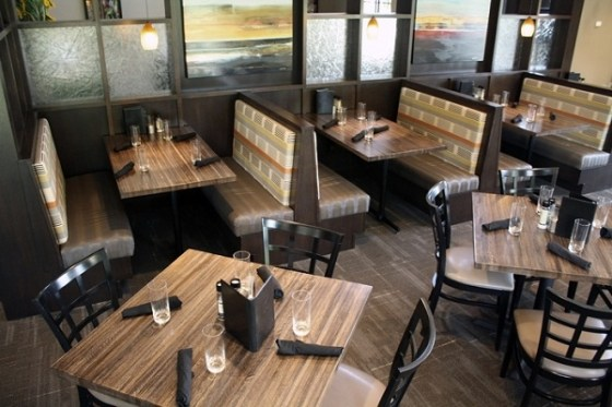 Mesas para restaurantes arkiplus for Disenos de mesas para restaurantes