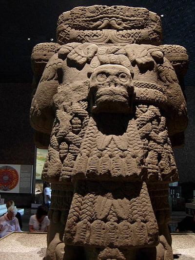 estatua-de-Coatlicue