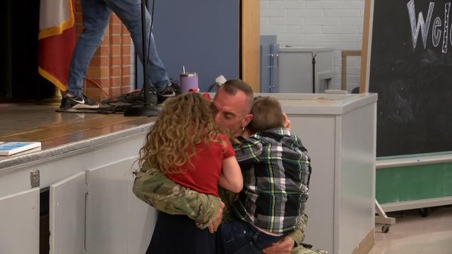 Military father surprises children_1552318437250.jpg-118809306.jpg
