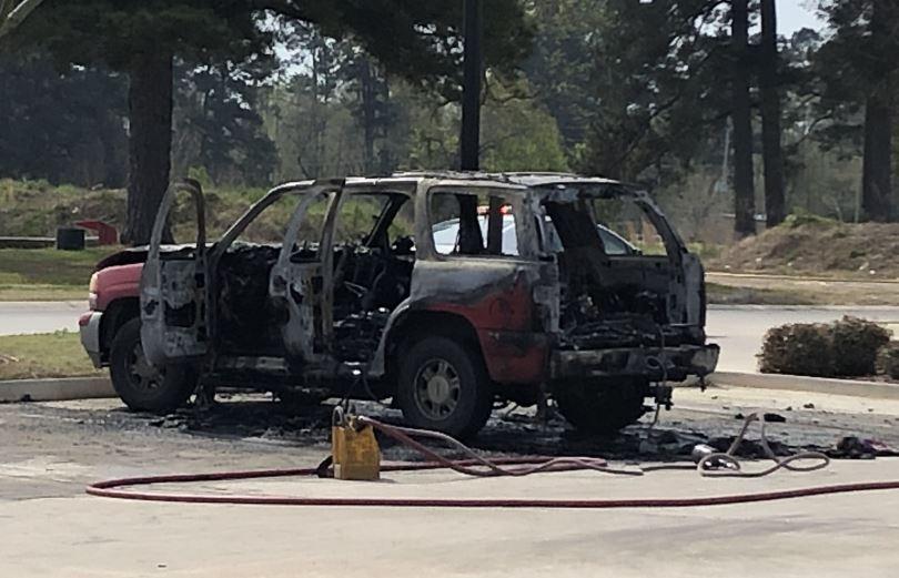 Zaxby's fire 3-23-19_1553375745633.JPG.jpg