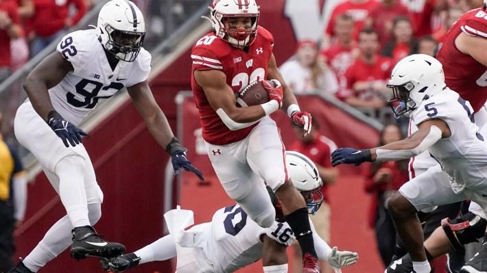 Defense helps No. 19 Penn State edge No. 12 Wisconsin 16-10   ArkLaTexHomepage