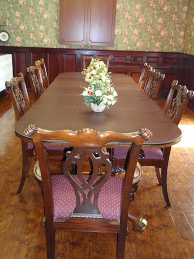 Arlington Court Dining