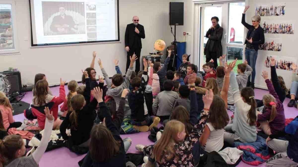 Photo des élèves lors du projet Max'en musique