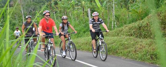 Cycling di Bali –  Kintamani to Ubud Trip